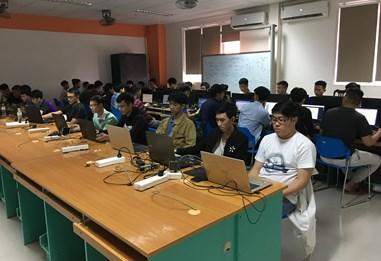 Khoa công nghệ thông tin - Đại học Đông Á , Đà Nẵng